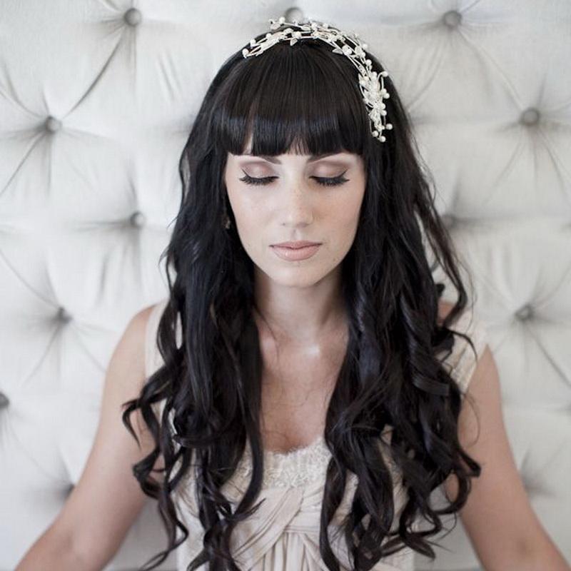 Свадебные прически с прямой челкой