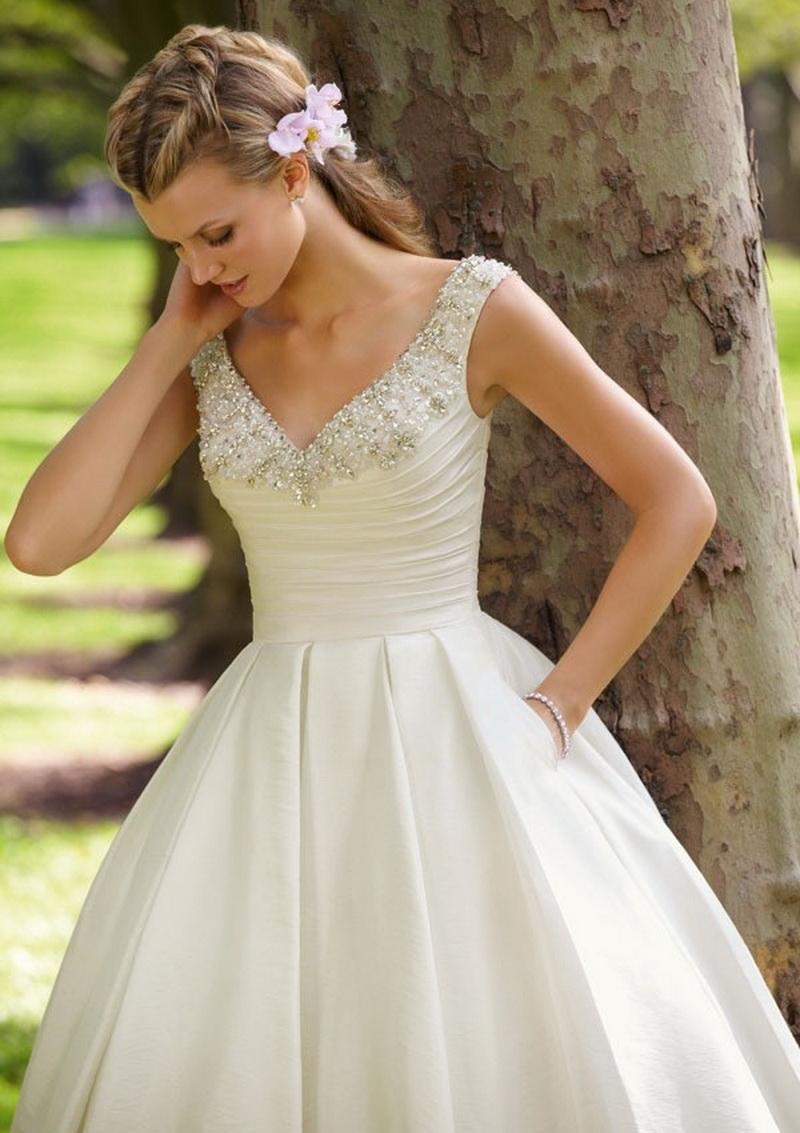 9d74d4ac43ab470 Свадебные платья для маленькой груди