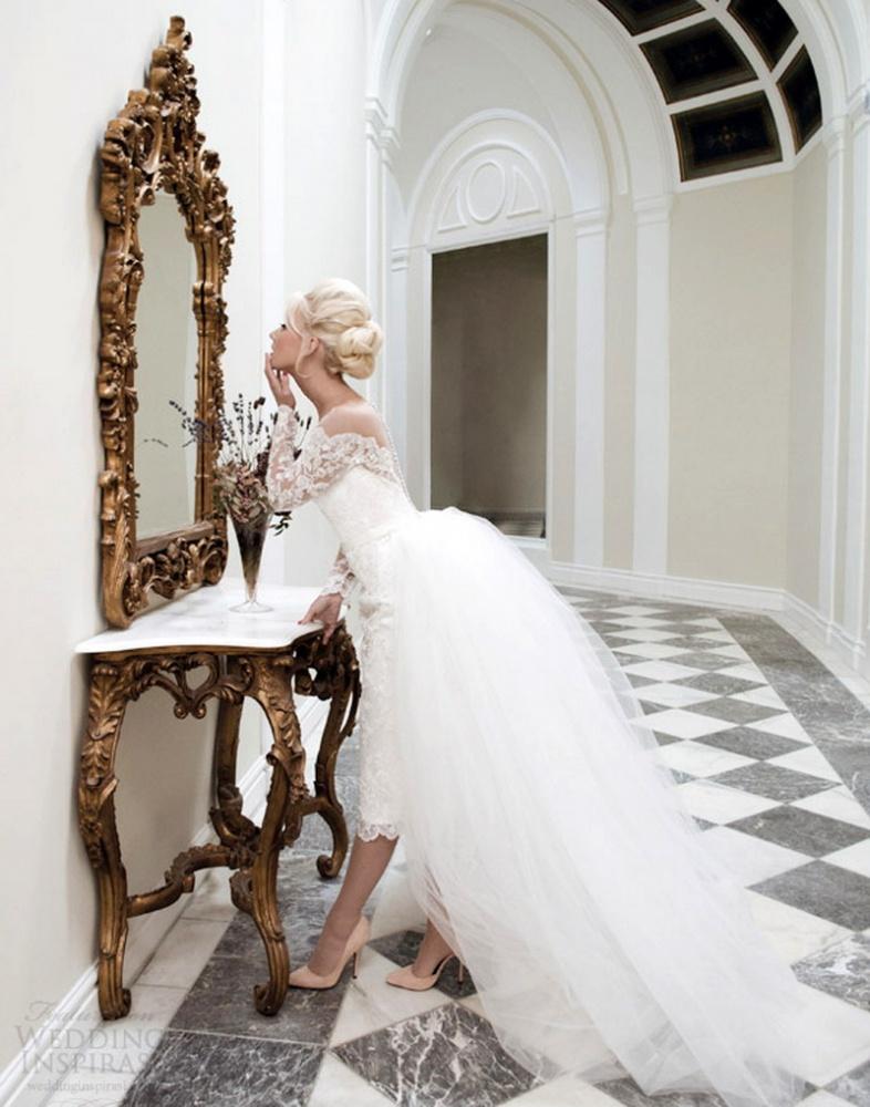 bf91ac71d0e7ece Короткое свадебное платье со шлейфом ...