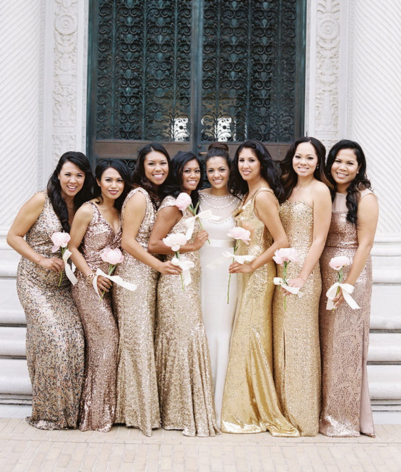 Невеста в платье из золота