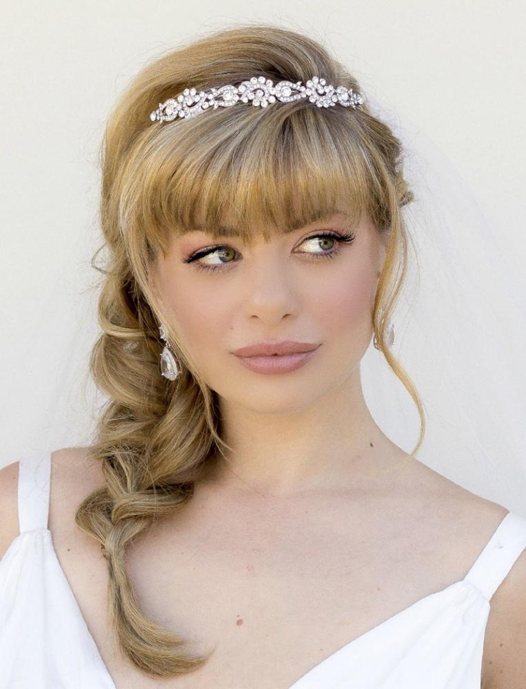 Свадебные прически с челкой для невест с короткими, средними, длинными волосами