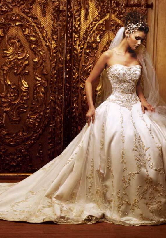 Свадебные платья золотые фото