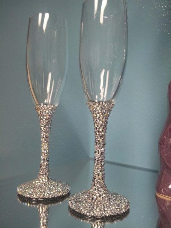 Свадебные бокалы со стразами