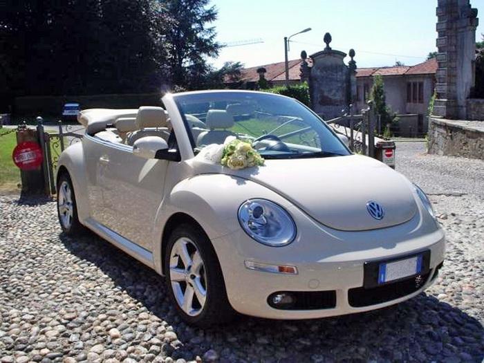 Украшение авто на свадьбу цветами
