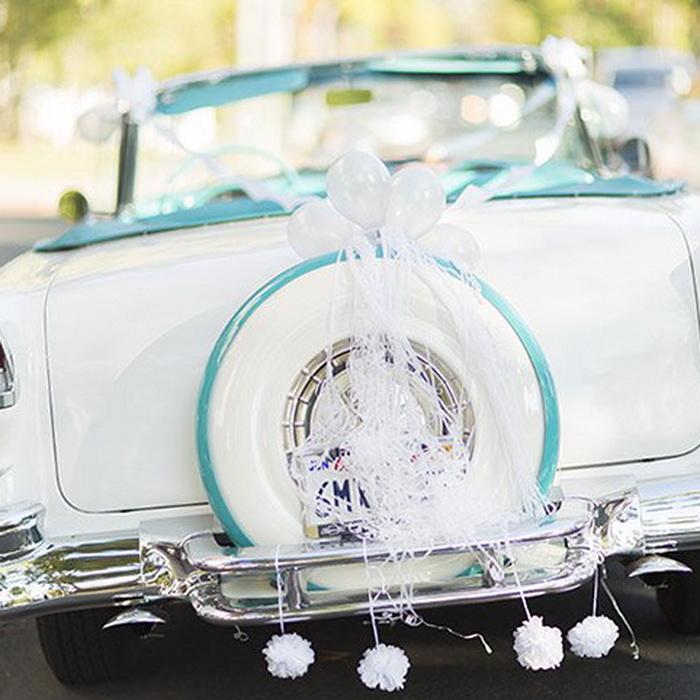 Украшение авто на свадьбу воздушными шарами